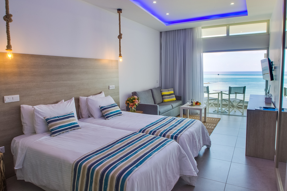 Sea View Rooms in Larnaca Hotels
